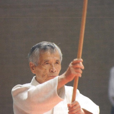 CORPS Aikido - senseï Nobuyoshi TAMURA Shihan travail au boken